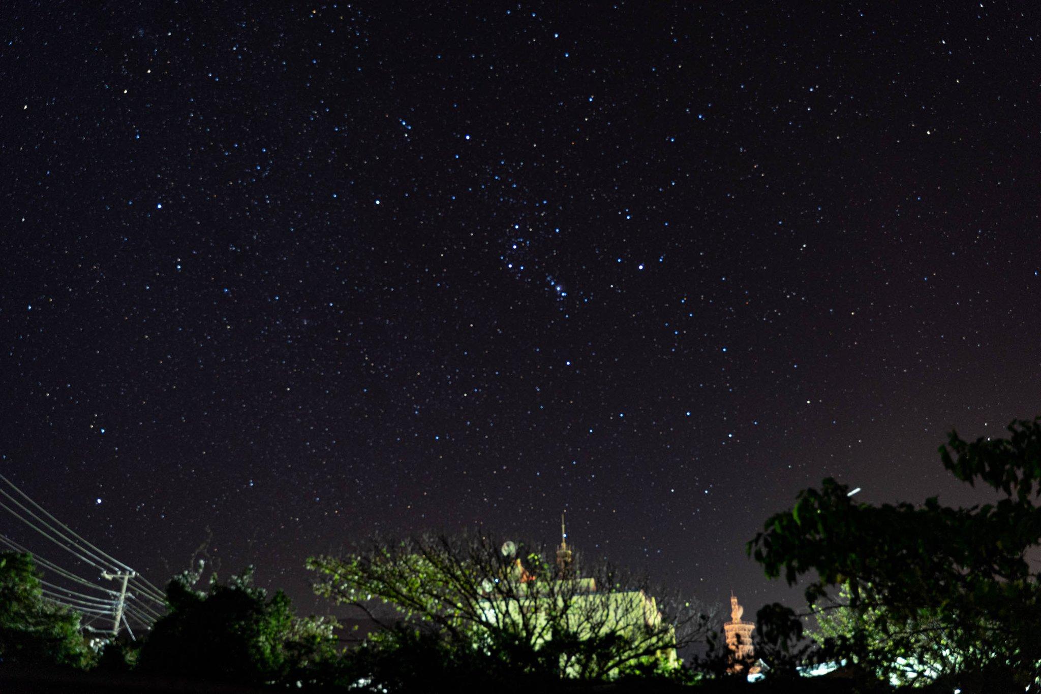 江戸時代以来じゃないかってレベルで空気が澄んだ東京 星が綺麗 #台風一過 #オリオン座