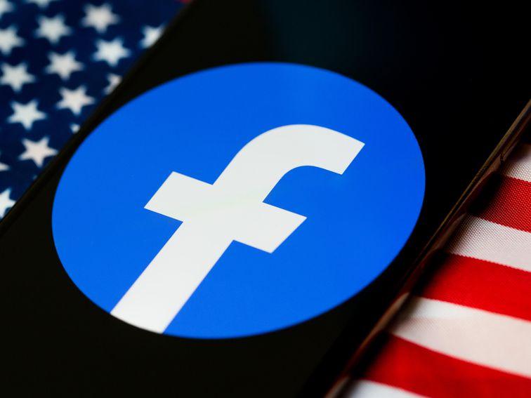 Warren runs a false Facebook ad to protest false Facebook ads - Top Tweets Photo