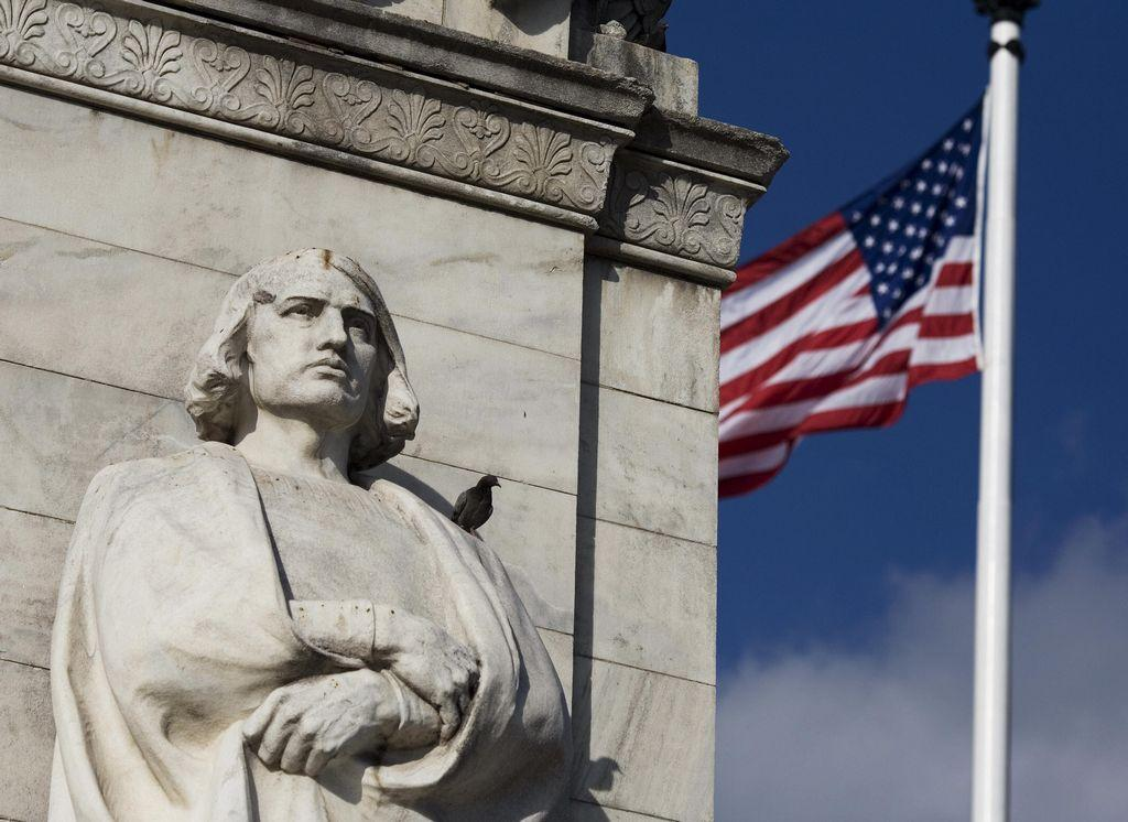 Goodbye Columbus: More states jettison day paying homage to the explorer - Top Tweets Photo