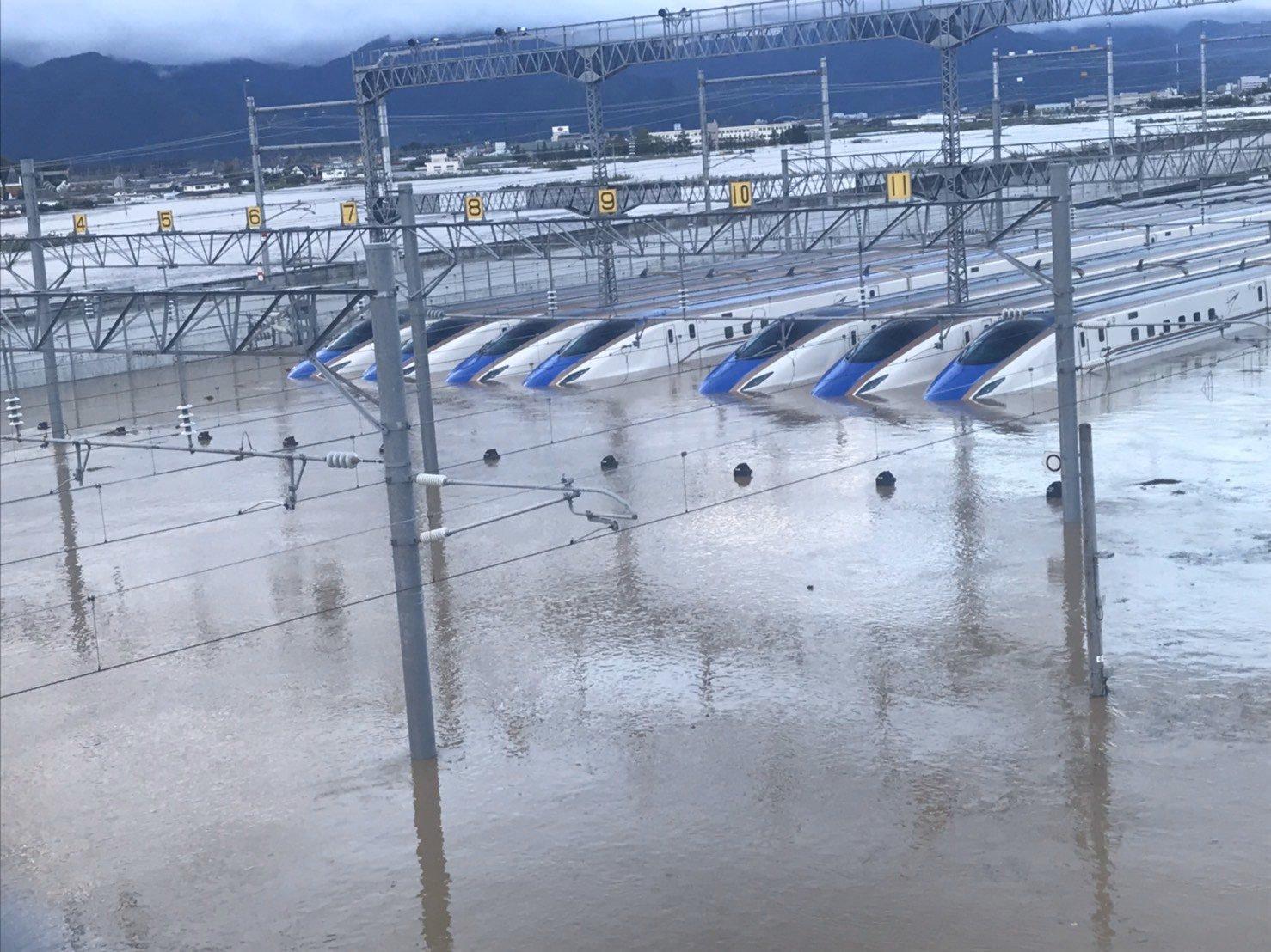 長野新幹線見に行ったどこれはひどい。想像以上にすごい。 #千曲川氾濫