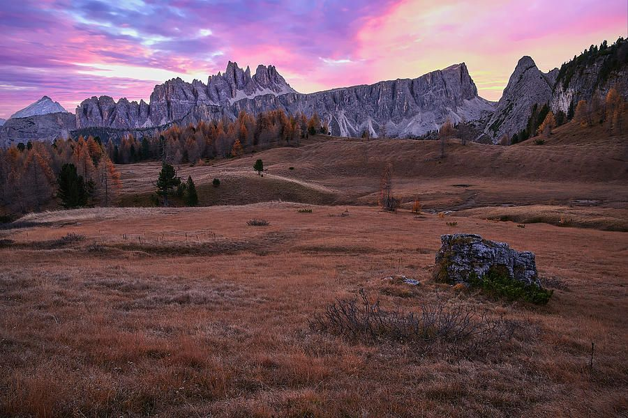 Art for the Eyes!  #Dolomites #Italy #artwork #art #artlover #landscapelovers #photooftheday #wallart #PHOTOS #visa #AmexLife #amex #photographyislife #picoftheday #saatchiart #italiausa   https://buff.ly/2FRFIXL