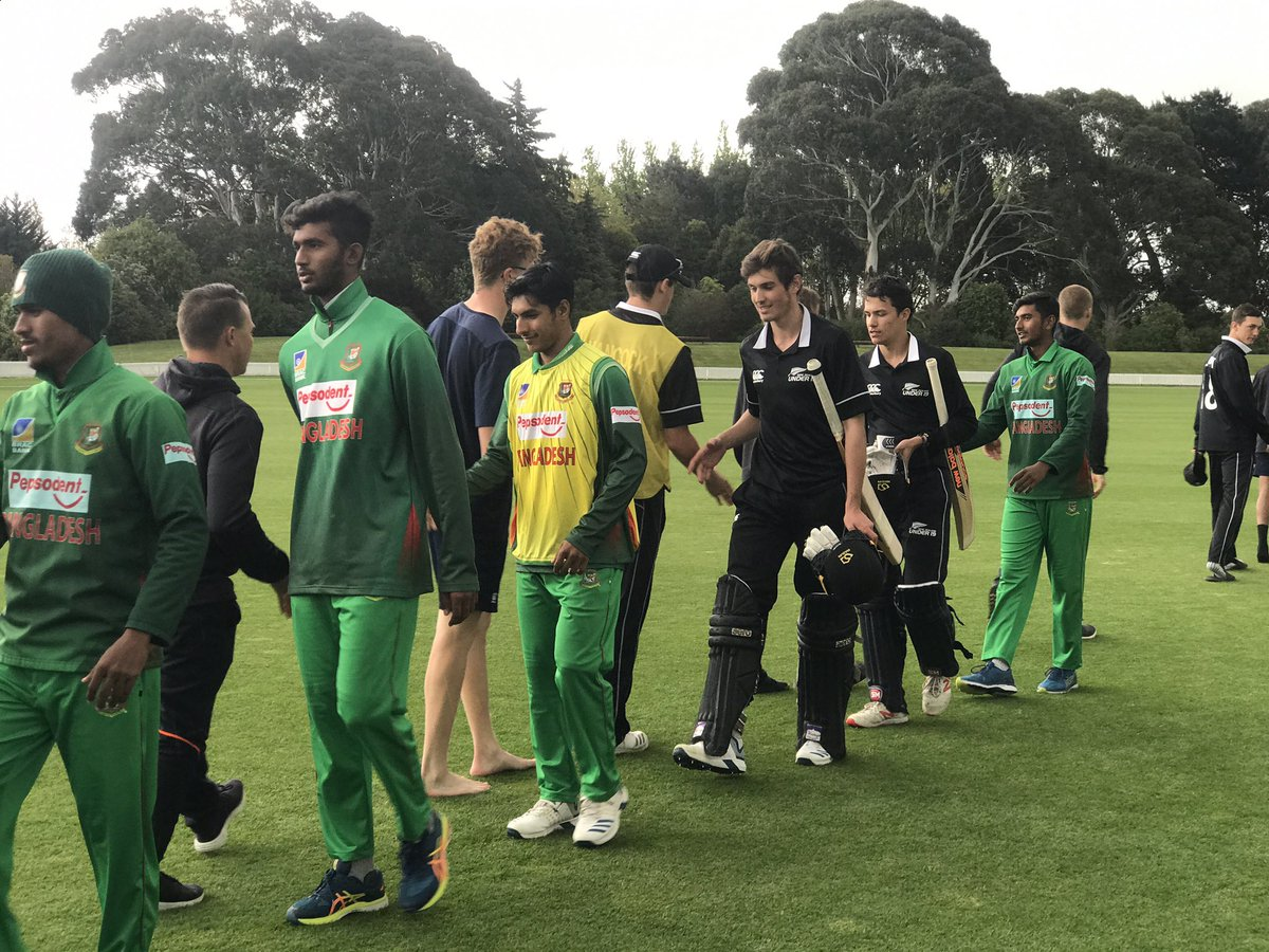 The NZ U19s all out for 243 in 43.4 overs as they pursued 316 in game 5. Lellman (56), JJ McKenzie (47) & Tashkoff (39). Scorecard + Video = scoring.nzc.nz/livescoring/ma… #cricketnation