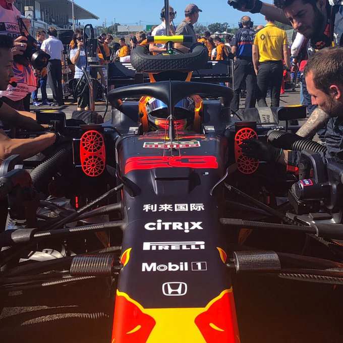 RT @redbullracing: On the grid…