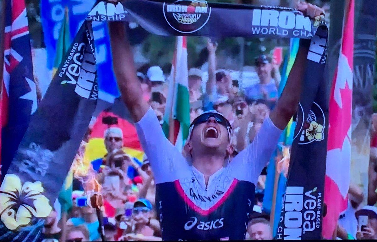 Was für eine fantastische Leistung von Jan #Frodeno. Drei Mal den #Ironman auf #Hawaii gewonnen - das hat noch kein Deutscher geschafft. Herzlichen Glückwunsch! focus.de/sport/triathlo… @IRONMANtri @janfrodeno @focusonline @focussport