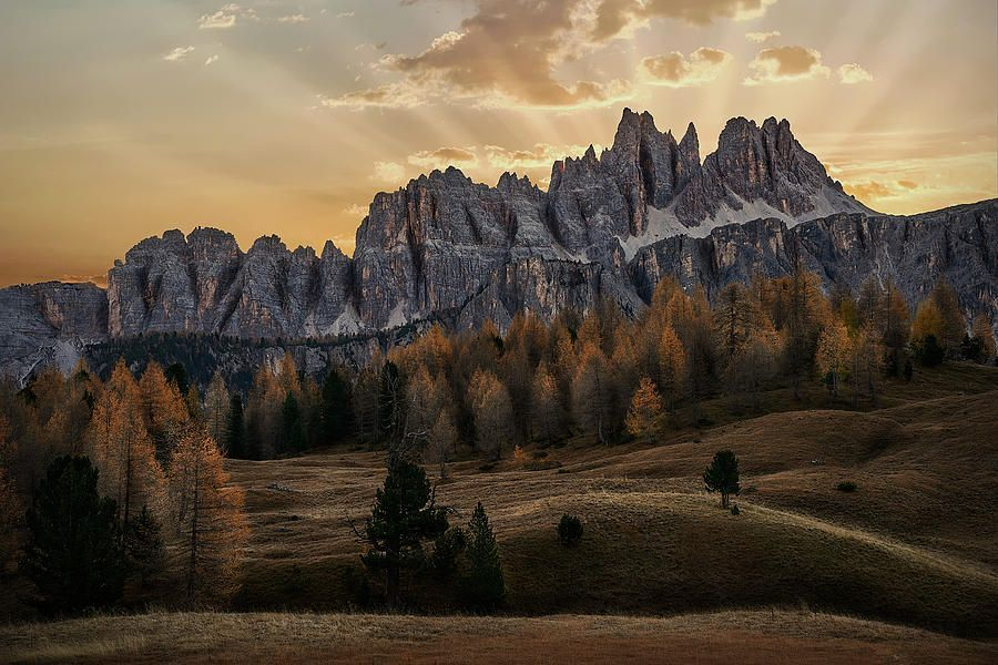 Art for the Eyes!  https://buff.ly/2BMoN4A  #Dolomites #Italy #artwork #art #artlover #landscapelovers #photooftheday #wallart #PHOTOS #visa #AmexLife #amex #photographyislife #picoftheday #saatchiart #italiausa