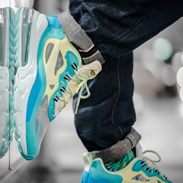 If the Psychedelic Art Nike Air Max 270 React is on your wishlist, good sizes are over 40% OFF retail at $80 + ship! #promotion BUY HERE -> bit.ly/2k0DScP