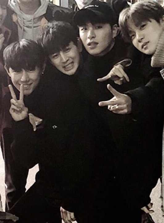 Well Yunhyeong and Raesung seem to be quite close.. Remember these earlier pics<br>http://pic.twitter.com/sA4vPQHKcq
