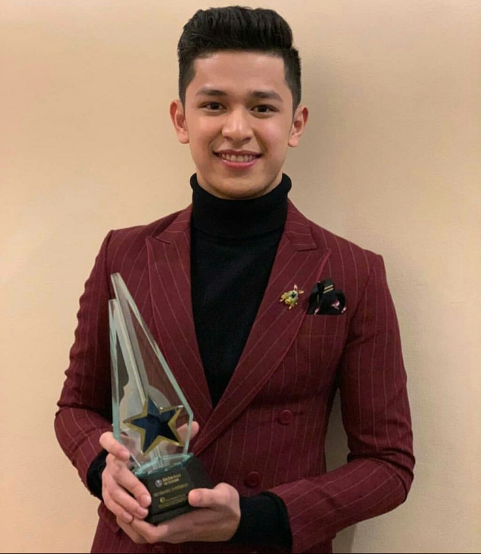Congratulations, @AljonMendoza_! You deserve that award. More awards to come, Binata.    @JaprilRodis_<br>http://pic.twitter.com/gsObYahKPe