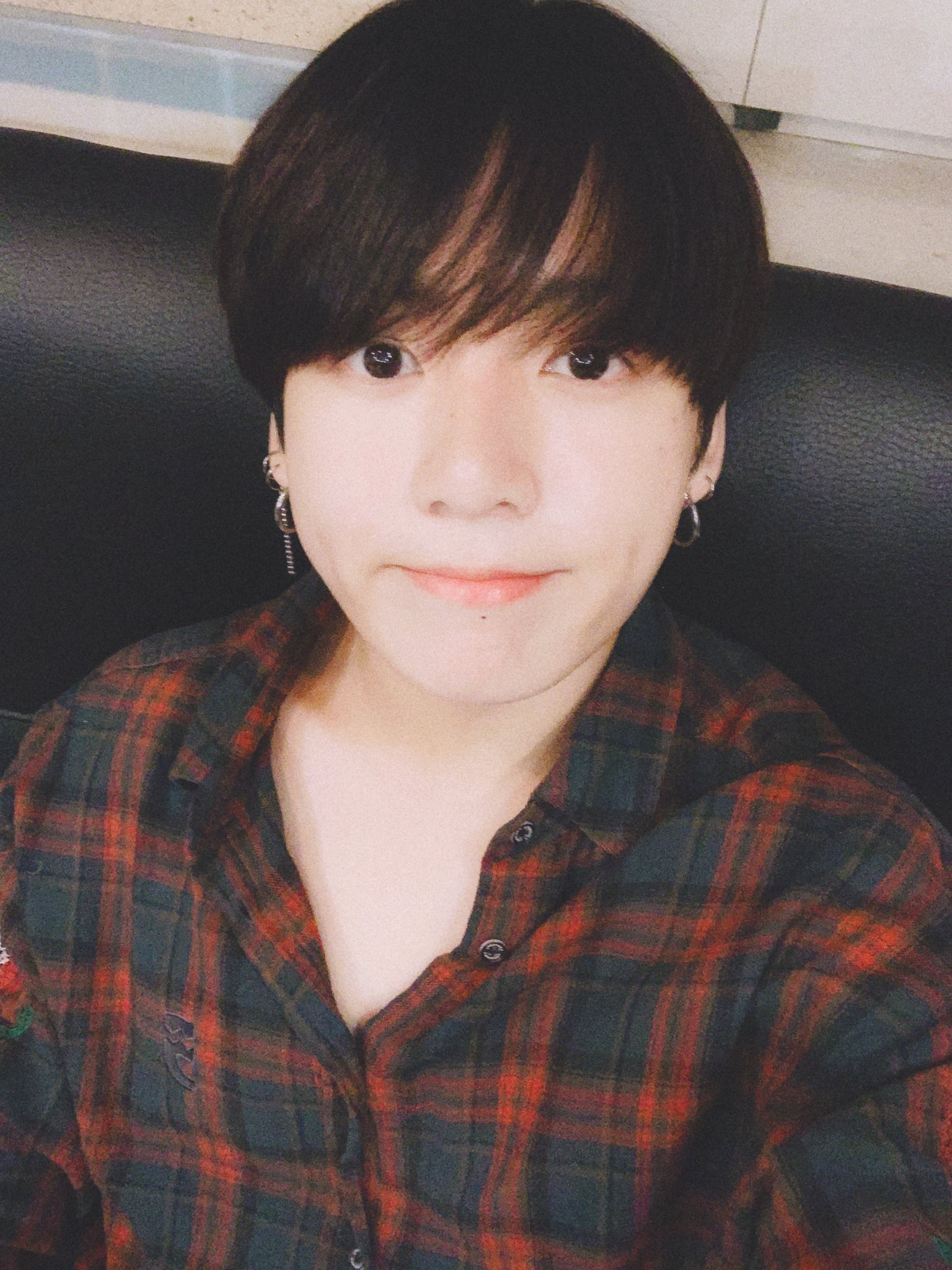 Jungkook din BTS renunţă la pletele sale