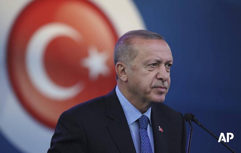 Эрдоган сообщил о гибели 18 граждан Турции в результате обстрелов курдскими формированиями: go.tass.ru/A5OT