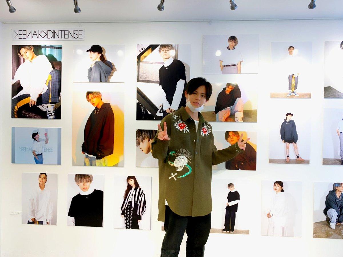 カイプロデュースブランド「KEEN AND INTENSE」展示会にもカイが遊びに行きました✨明日10/14(月祝)までの開催!3連休の最終日にぜひご来場ください☺️「KEEN AND INTENSE」展示会会場:America-Bashi Gallery(東京都渋谷区恵比寿南1-22-3)#超特急 #カイ #KEENANDINTENSE