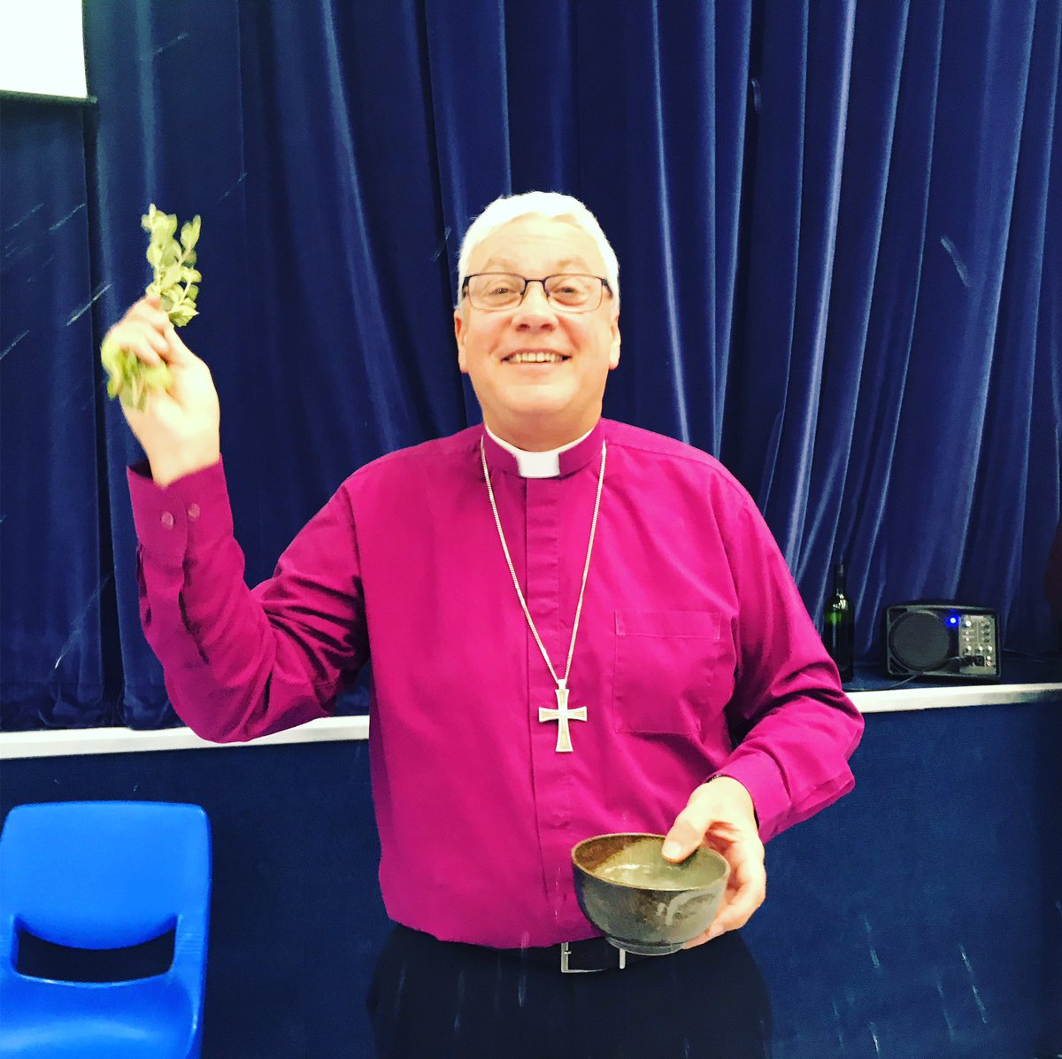 With a first for CNC we welcomed Bishop Robert @bptewkesbury who helped us remember our baptism with #Asperges #GlosDiocese #Bishop #liturgy #sprinkling @GlosDioc