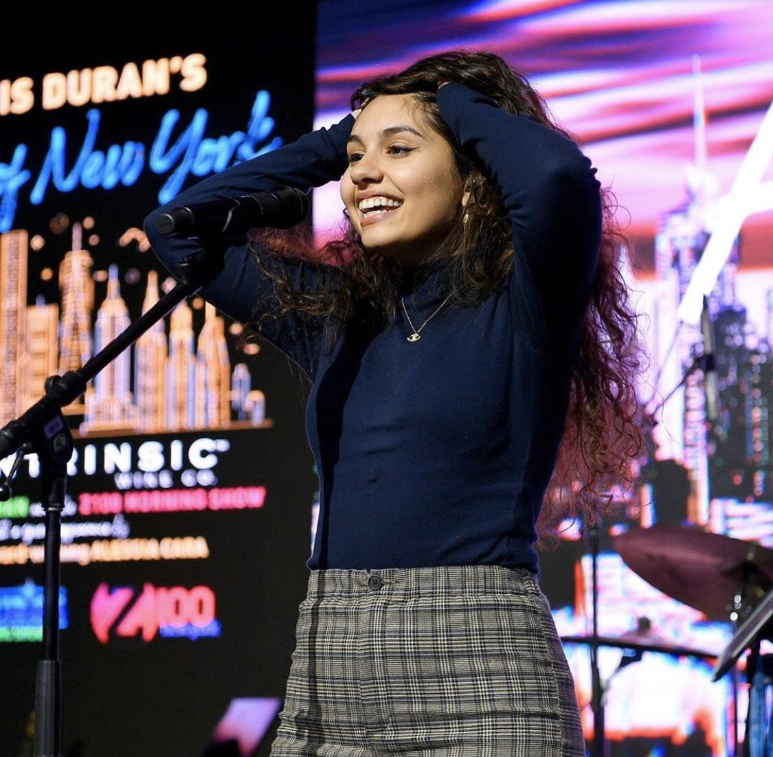Who's going to see @alessiacara on tour? ⬇️