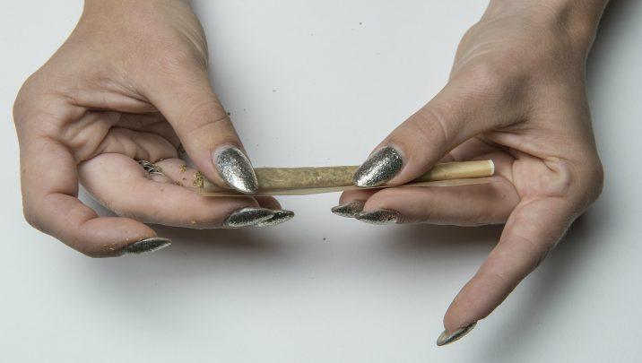 How to roll the perfect joint via @TheGrowthOp