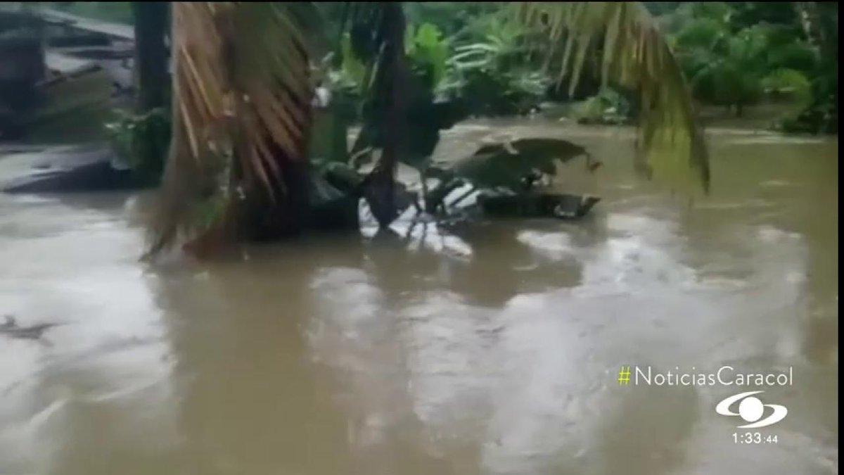 Creciente del río Naya deja 2 mil familias afectadas en Buenaventura http://noticiascaracol.com