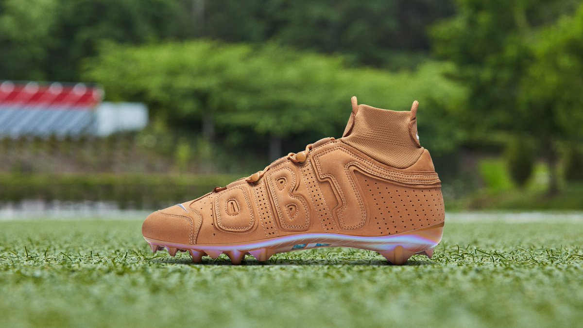 """OBJ pulling out the Air Force 1 """"Wheat"""" inspired cleats today  @obj <br>http://pic.twitter.com/MbvnNlJIud"""