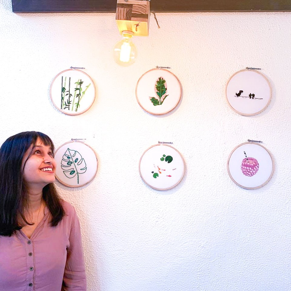 Hello there! 'tis I. I am responsible for these embroidery hoops. It was great to see them in action and I couldn't be happier to be with our creative @EtsyIndia community for our social today. Who doesn't love validation! 😉 TL, DR Visit Falsaa in #Champagali #delhi #grateful