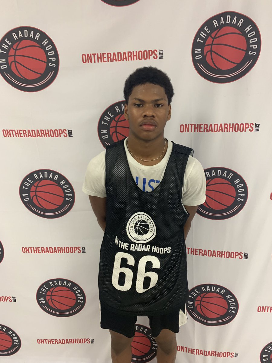The Next South GA Stud will be Daylon Dixon. Dixon is a big guard who has the potential to be an elite player in the State in the next few years.    He excels at getting down hill & finishing at the rim through contact but he also can knock down shots off the dribble. #Elite100 https://t.co/2pw6FHUpqC