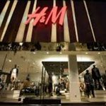 Image for the Tweet beginning: Luxury Outlet. H&M llega a