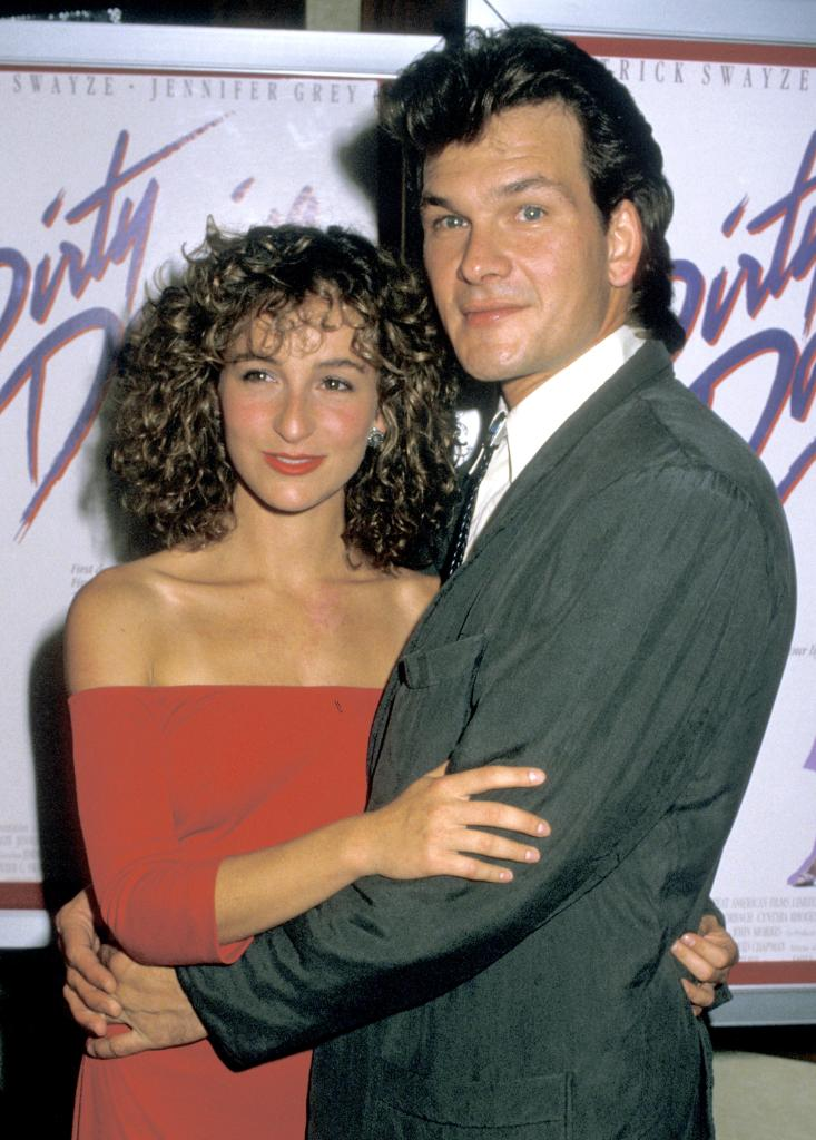 Leave room in your Sunday night dance card for Dirty Dancing. It's on #ParamountNetwork right now. https://t.co/QAIR7LDKiJ