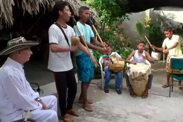 El sonido de la gaita, una melodía que acompaña a los habitantes de Ovejas desde la cuna http://bit.ly/32cibrj