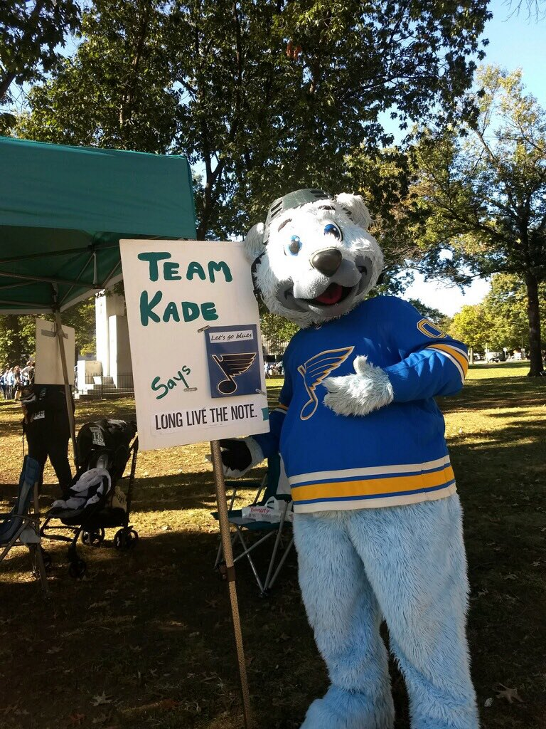 Huge shoutout to @LouieSTLBlues ,thanks for being part of #TeamKade year after year! Even after we lost our mom to #ovarian cancer, you have always been there! You are always a member of #TeamKade Louie! Thank you for continuing to spread love through #StLouis #ROC2019 #stlblues