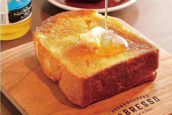[明日オープン] 食パン専門店×コーヒースタンド「レブレッソ」福岡博多マルイに新店舗、焼きたてトースト&淹れたてコーヒー -