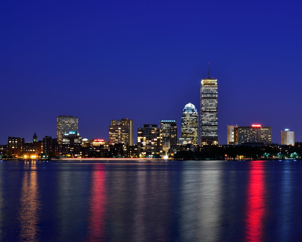 Goodnight from Boston. Have a great night. Wishing you sweet dreams and sound sleep. 🛌💤😴🙏 #goodnight #Boston #sleep #dreams #MondayMood #GoodNightTwitterWorld #TwitterFriends #NightMode