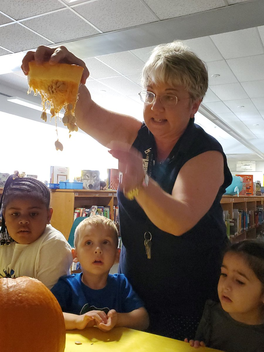 Learning about the pumpkin from the story Pumpkin Pumpkin by Jeanne Titherington.  Love the amazement!  <a target='_blank' href='http://twitter.com/MrsBlackatDrew'>@MrsBlackatDrew</a> <a target='_blank' href='http://twitter.com/APSDrew'>@APSDrew</a> <a target='_blank' href='http://twitter.com/CherylDButler4'>@CherylDButler4</a> <a target='_blank' href='http://twitter.com/GravesKimberley'>@GravesKimberley</a> <a target='_blank' href='http://twitter.com/APSLibrarians'>@APSLibrarians</a> <a target='_blank' href='https://t.co/NP8Is9Rxjo'>https://t.co/NP8Is9Rxjo</a>