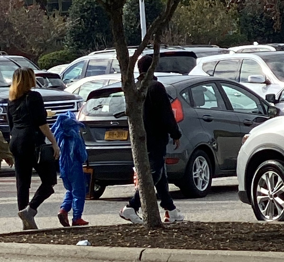 Speedsupersonic On Twitter This Kid At Target Was Wearing The Sonic The Hedgehog Movie Costume So Proud Of Today S Youth
