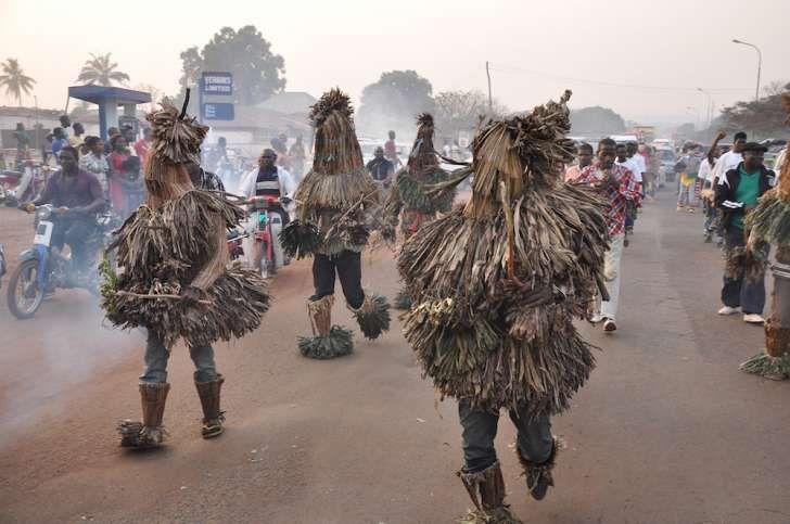 วันฮาโลวีน - เทศกาล Awuru Odo ของไนจีเรีย