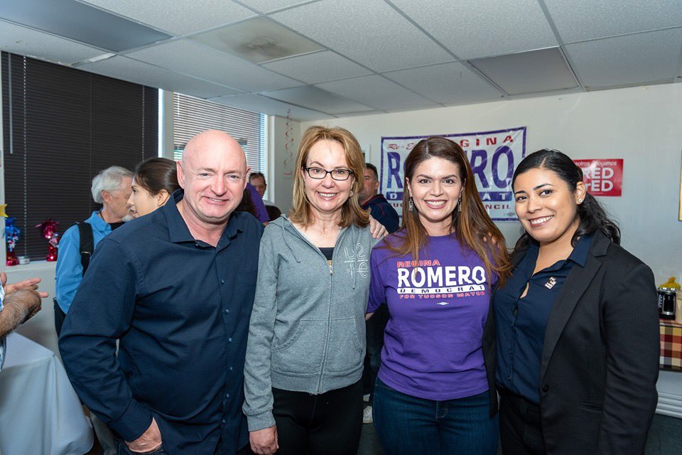 Thank you to @ShuttleCDRKelly, @GabbyGiffords, and @lachicamayra, for your support and coming out to support #TeamRegina today! ❤️💪🏽
