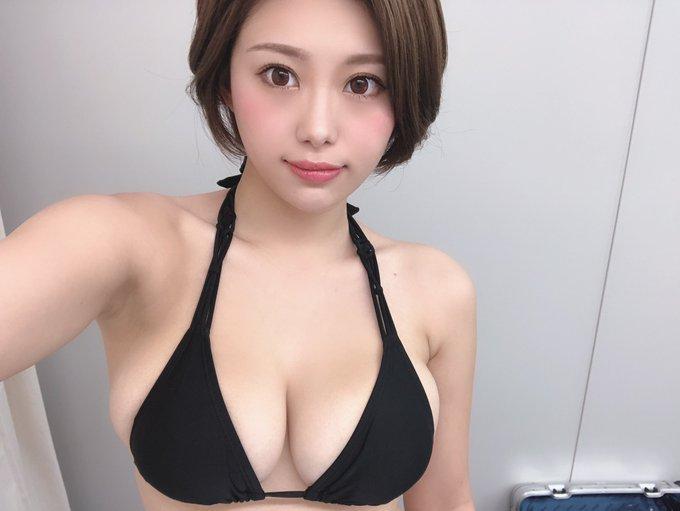 グラビアアイドル山本ゆうのTwitter自撮りエロ画像45