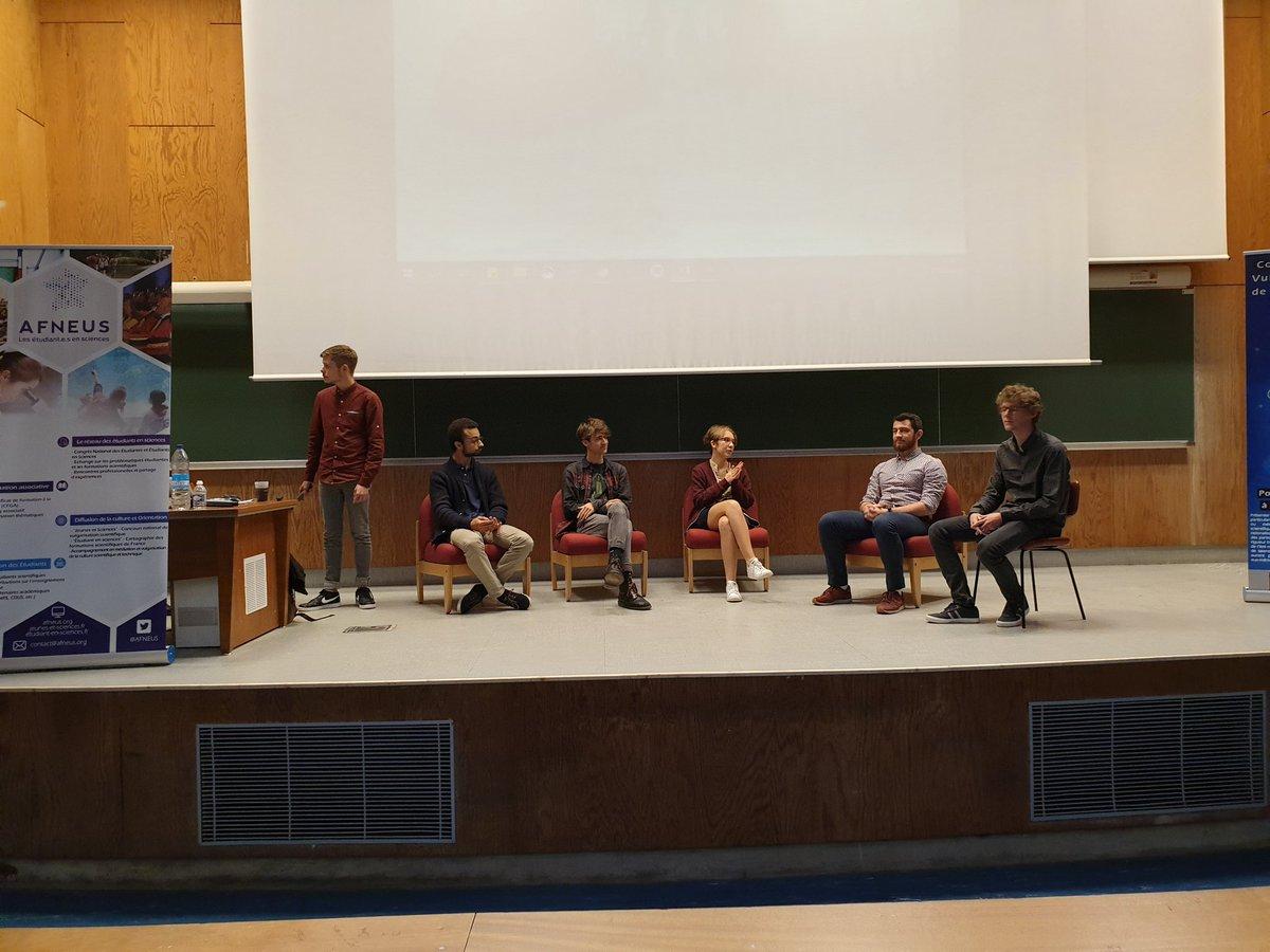 Le concours #JeunesEtSciences19 se lance au #CongrèsAFNEUS19 @AFNEUS. Je suis très fier de participer au jury !