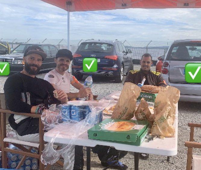 Se nota el cambio de hora y muchos equipos echan mano ya del bocata, tortillas y empanadas #mycfa500 #realfood