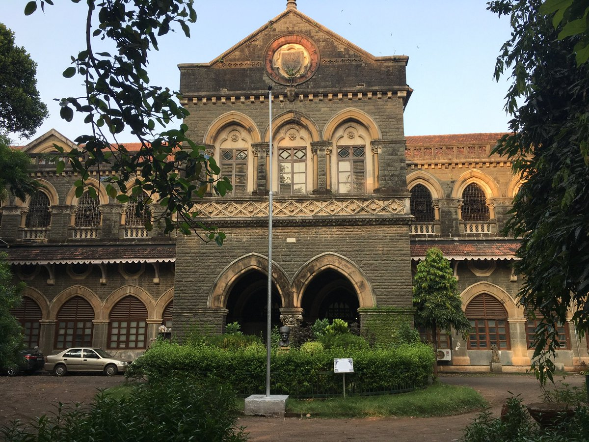 Jamal Jafri On Twitter Swinging From Aerial Roots Of A Banyan Tree Outside The Dean S Bungalow Kipling House Sir J J Institute Of Applied Art Mumbai Bombay Rudyard Kipling Was Born On This