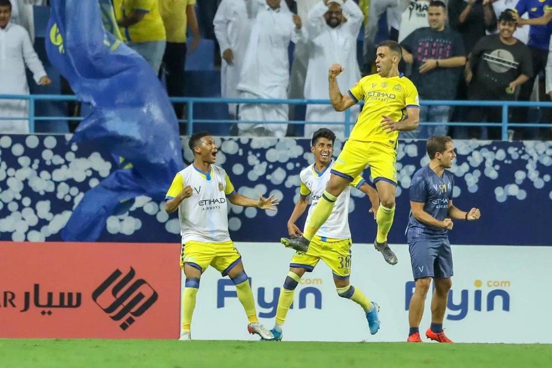 حمدالله يقود فريقه النصر للانتصار على الهلال في ديربي الرياض