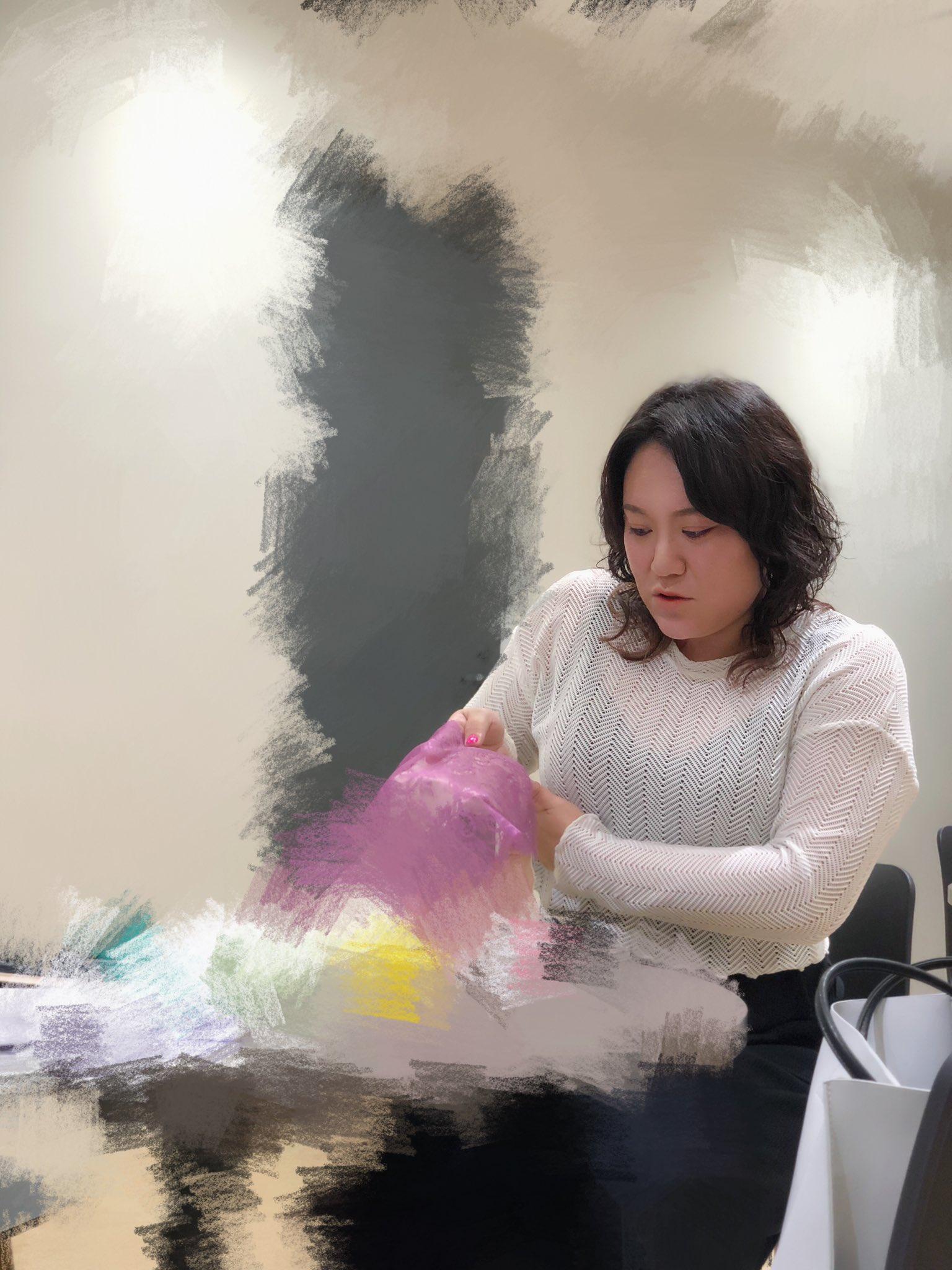 ブラ バービー ブラマヨ吉田さん・バービーさんのクレーター治療