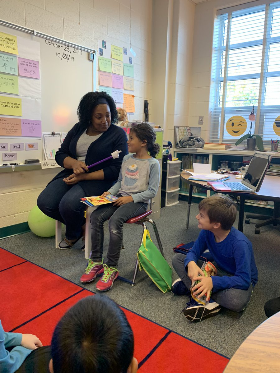 1st graders played a game show to figure out what makes a good reading partner! <a target='_blank' href='http://search.twitter.com/search?q=KWBpride'><a target='_blank' href='https://twitter.com/hashtag/KWBpride?src=hash'>#KWBpride</a></a> <a target='_blank' href='https://t.co/4ZMStgg1f6'>https://t.co/4ZMStgg1f6</a>