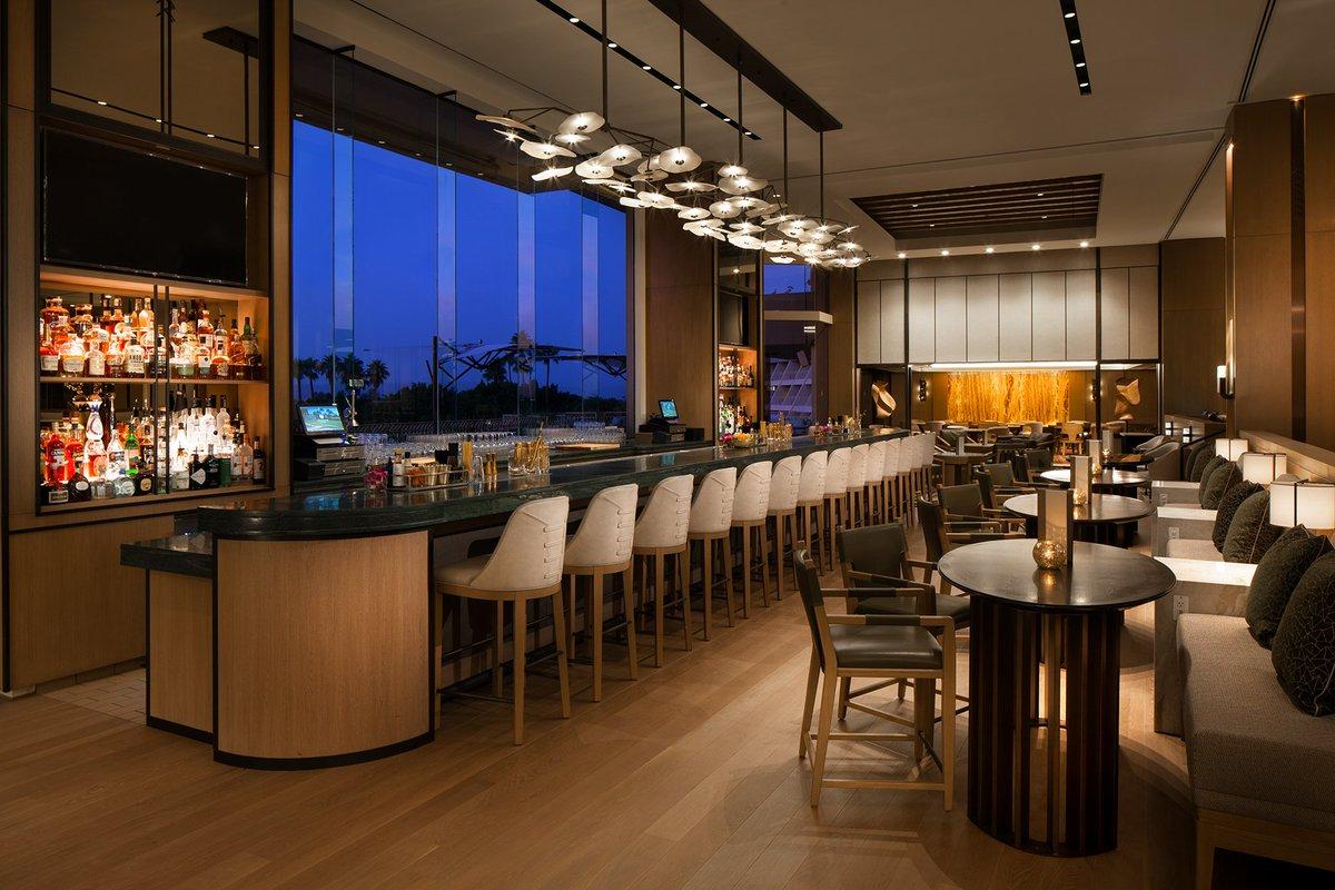 Guests can take advantage of a bar, a business centre and a fitness Wi-Fi pripojenie na internet je k dispozícii v celom hoteli a je bezplatné.