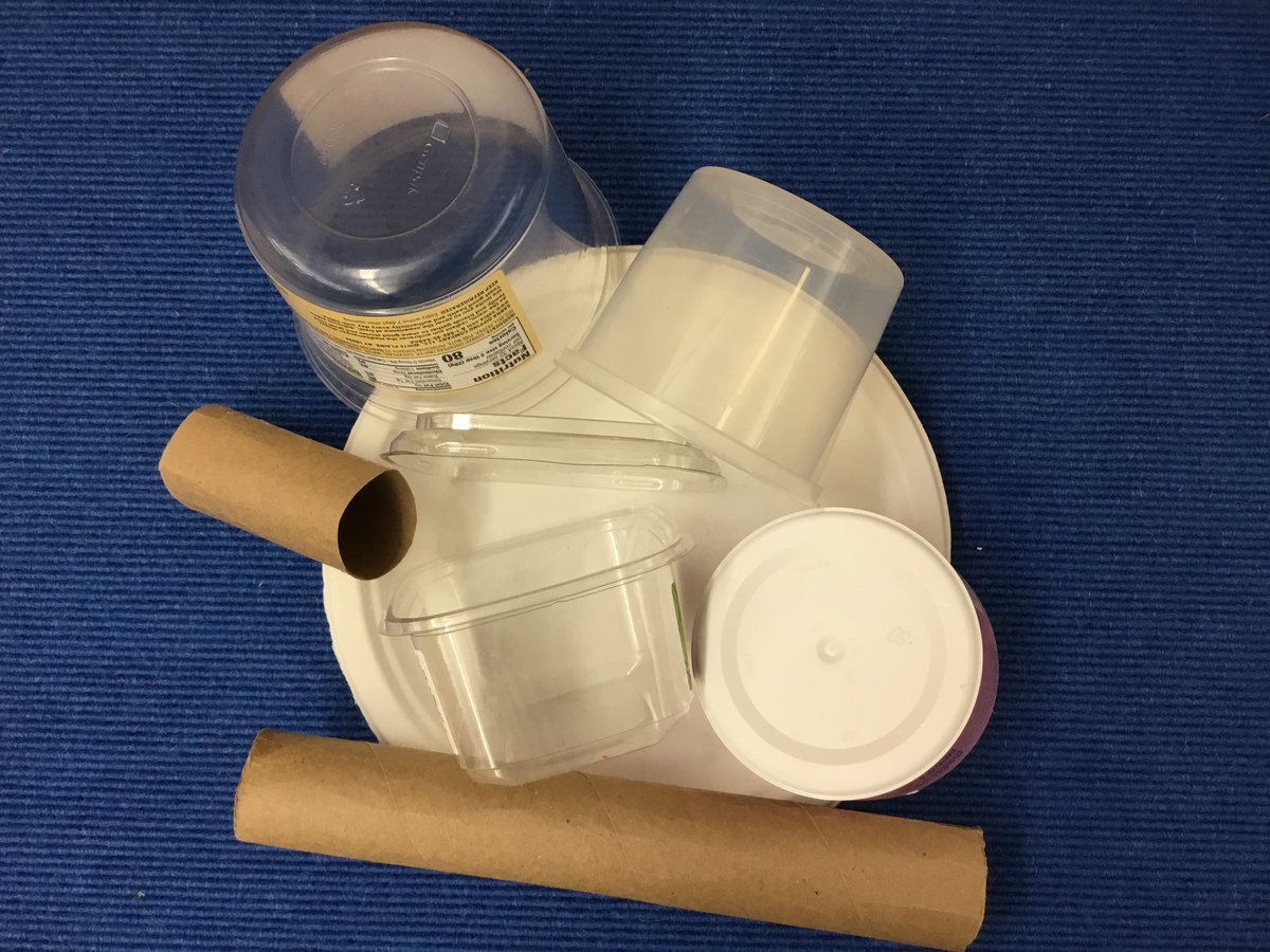 Oakridge needs your clean recycleables including paper towel and toilet paper roll cores, plastic containers with lids, unused paper plates. Please drop them off in the front lobby. Thank you. <a target='_blank' href='http://twitter.com/KarenBentall'>@KarenBentall</a> <a target='_blank' href='http://twitter.com/OakridgeConnect'>@OakridgeConnect</a> <a target='_blank' href='https://t.co/L2tGdUi1N4'>https://t.co/L2tGdUi1N4</a>