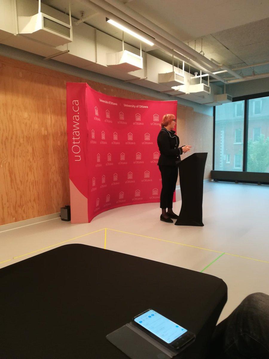 First day #NAWA funded #worshop in #Ottawa. Thank you to @uOttawaLRI @chairesante_ujm @Univ_St_Etienne @ChuSaintEtienne #PRESAGE #GérontopôleAuRA @BienvenuBongue @EstelleJeanneaupic.twitter.com/oQmZYYBpHV