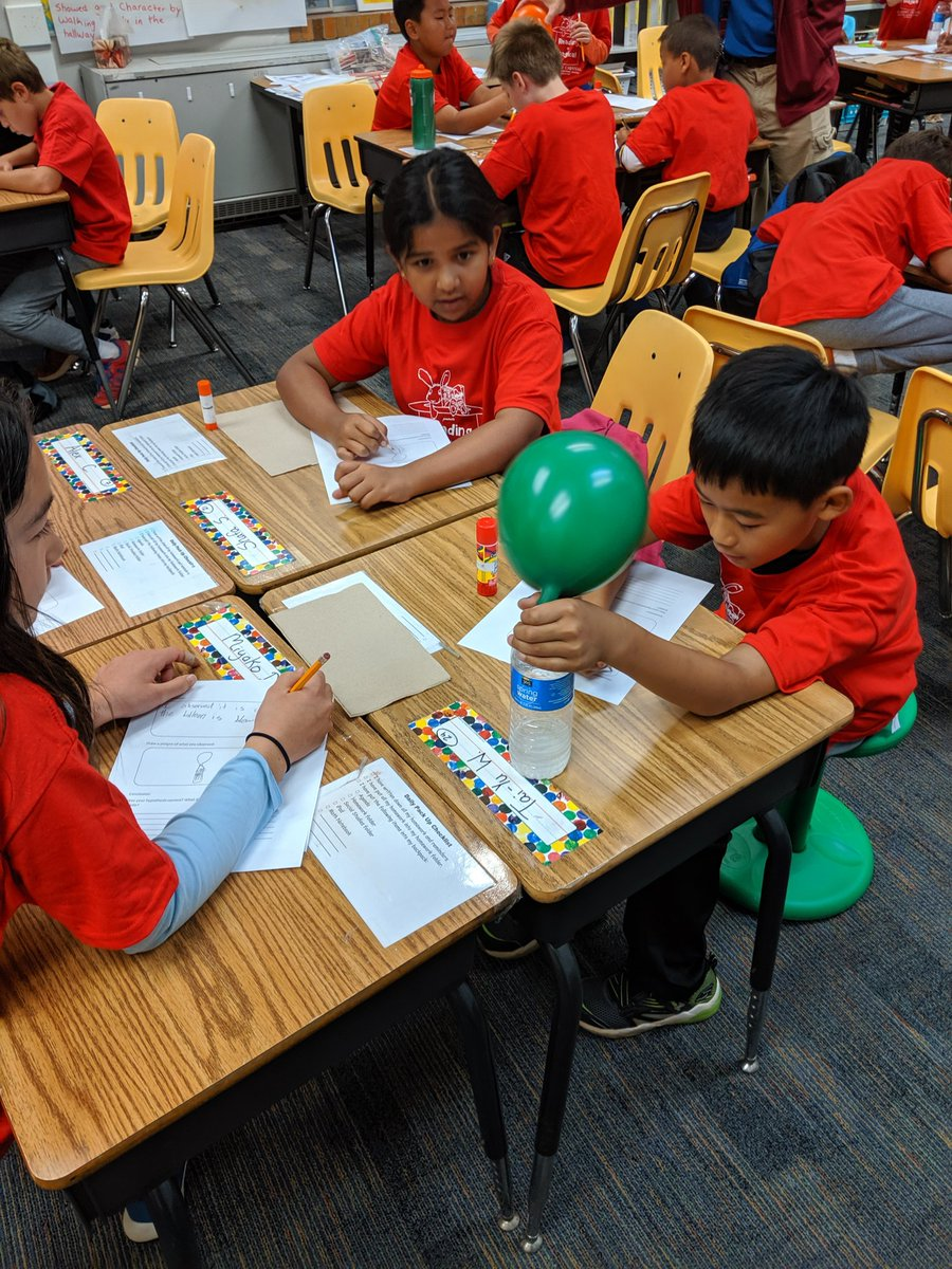 4th graders engage in science experiments during Reading Carnival <a target='_blank' href='http://twitter.com/APS_ATS'>@APS_ATS</a> <a target='_blank' href='http://search.twitter.com/search?q=atslearns'><a target='_blank' href='https://twitter.com/hashtag/atslearns?src=hash'>#atslearns</a></a> <a target='_blank' href='https://t.co/kghmQhPCLN'>https://t.co/kghmQhPCLN</a>