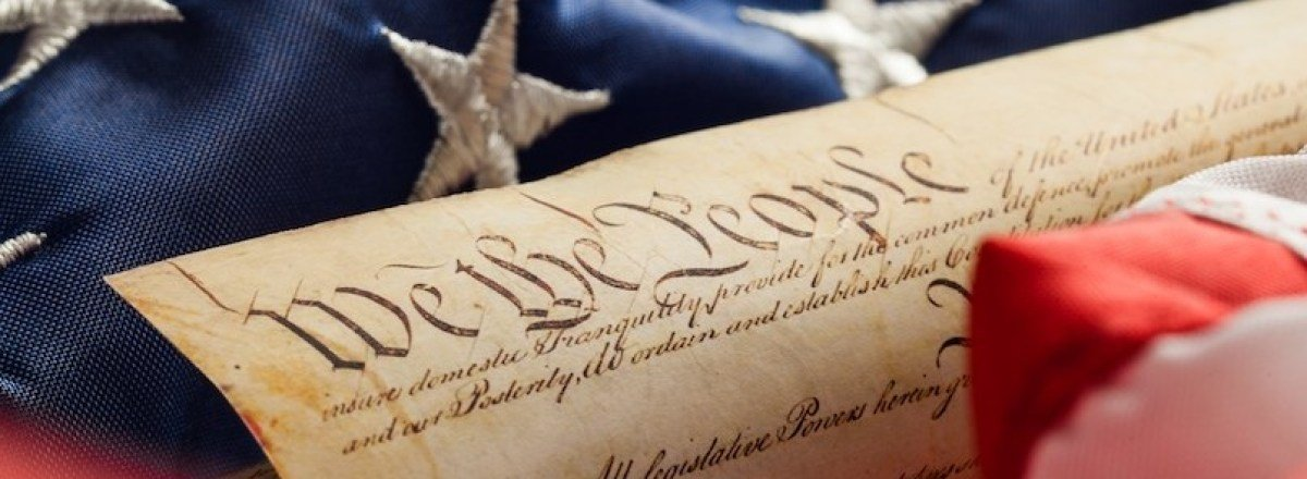 Whys this possible? The framers of the Constitution worked 2 ensure the military would be under civilian control. Art. 1 Sec. 8 Cl. 16. ...Congress shall have the power 2 organize, arm, discipline & govern our Military... Read it. Its in there. Stop🍒picking the Constitution! twitter.com/Tipsy_in_Texas…