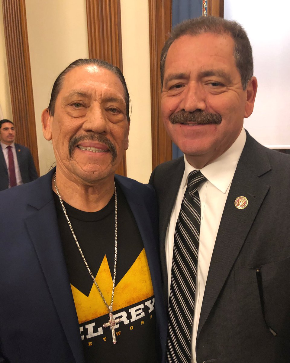 "Last night, I was just another fan meeting @officialDannyT, aka ""Machete."" #HispanicHeritageMonth pic.twitter.com/CFD1lNKGDD"