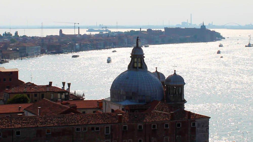 Venezia, giù il livello generale dei prezzi ->...
