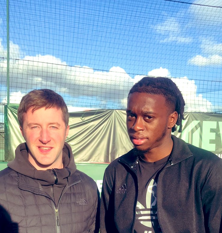Had a chat with Manchester United's Aaron Wan-Bissaka today, which was nice. Thanks. https://t.co/iXiep69coI