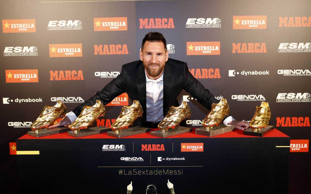 Messi - total stats: 828 games 672 goals 274 assists 34 trophies 51 hattricks 5 Ballon dOr 6 Golden Boot 6 Pichichi 6 FIFA Best Player 2 UEFA Best Player