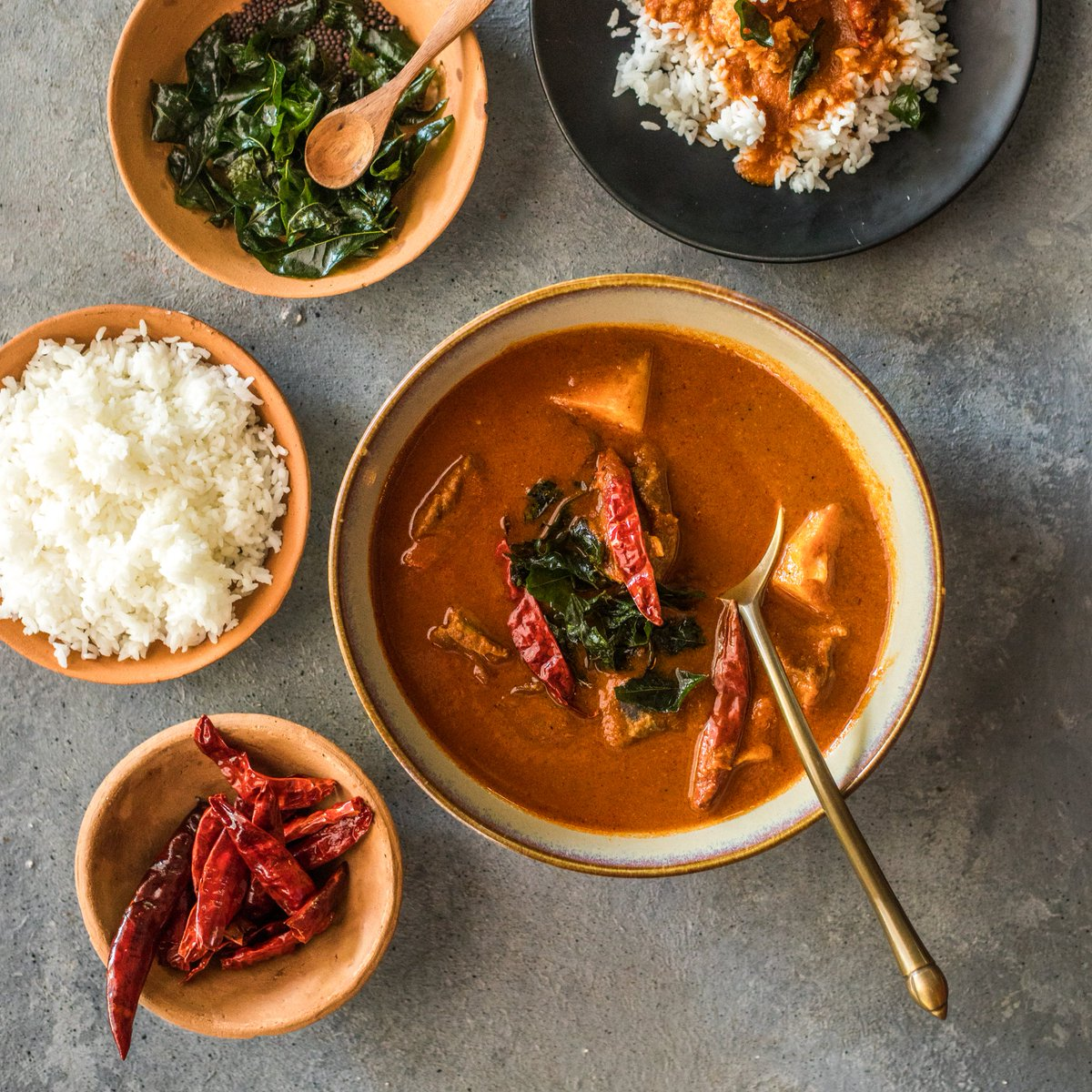 Listen up, foodies! Look no further for a delicious combination of great curries & flavourful beers - #InternationalCurryWeek has got you covered🥘 Follow the link to know more about partner restaurants near you - https://t.co/0gvyciVFsi . . . #ICW2019 #Bira91 #GotCurry https://t.co/g3rlmtqAU9