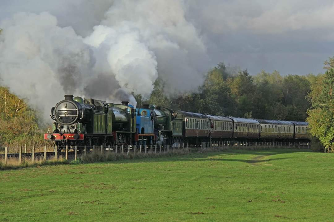 test Twitter Media - #ThrowbackThursday to our 2013 @bonessrailway #AutumnSteamGala as The Great Northern Railway N2 No. 1744 leads the quadruple header out of #Kinneil. Only 2 weeks to go until our 2019 Gala! Full details 👉   https://t.co/w6SXhu94J9  📷 ©️ Ian Lothian   #TBT #teamsteam  ^JS https://t.co/kfSMcL5Y2m